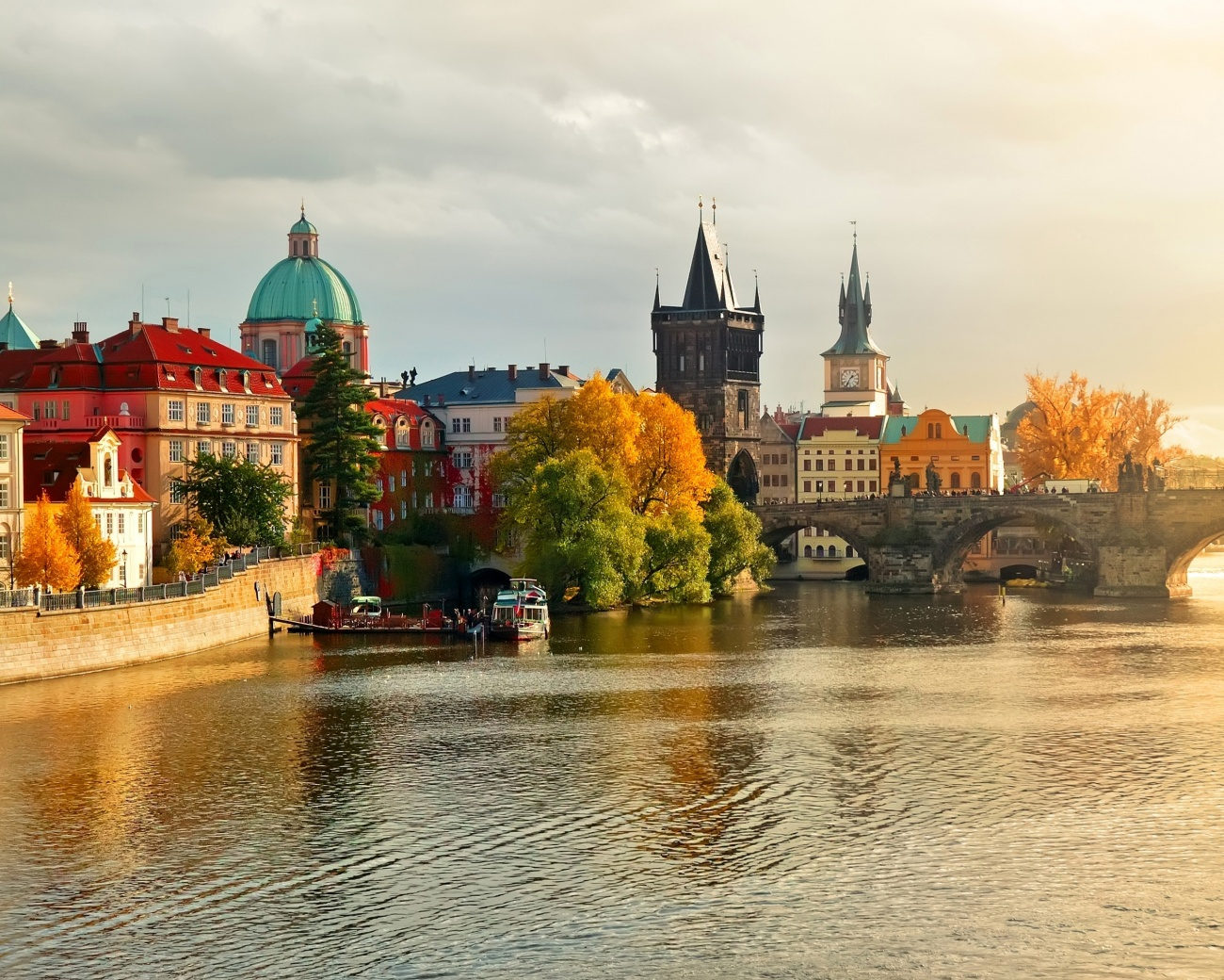 в Праге где получить двойной диплом  Учеба в Праге где получить двойной диплом
