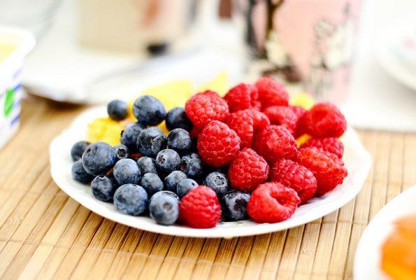 Какие ягоды можно есть для похудения, правила и особенности ягодной диеты